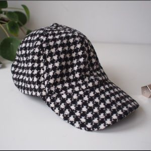 Urban Outfitters hat, NEW